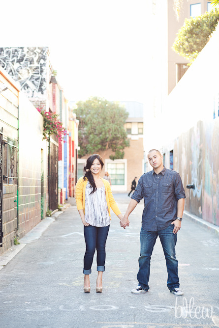 16-san-francisco-mission-valencia-engagement-session