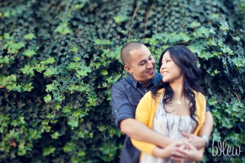 13-san-francisco-mission-valencia-engagement-session
