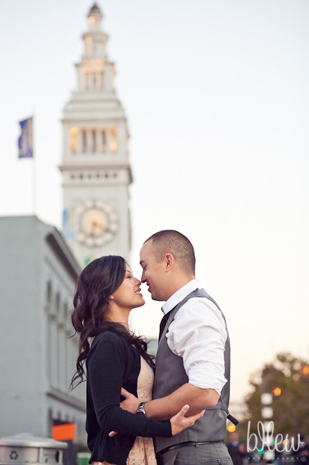 20-san-francisco-embarcadero-engagement-session