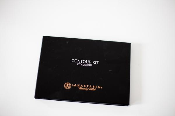 Anastasia Contour-12